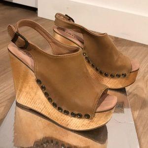 Zigi girl Tan Leather wood wedge